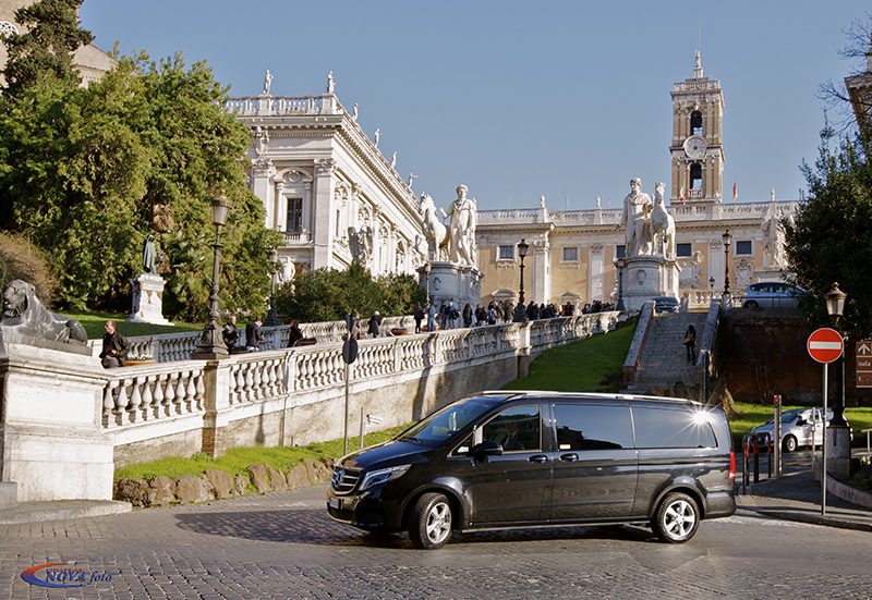 Our limousine in Rome, during a Rome Limo tours