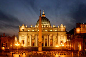 Night view of St. Peter's Square - Vatican City Tours