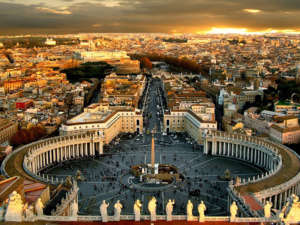 Amazing panoramic view of St. Peter's Square in Rome