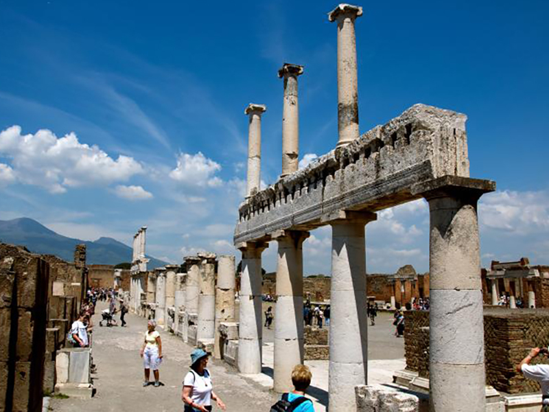 Amazing view of Pompeii ruins. You can make a visit with our organized Pompeii tour from Rome