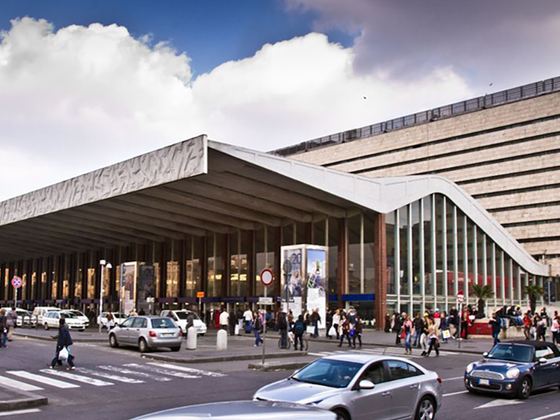 Entrance to the Roma Termini Station. Nearby you can find our Rome Airport Transportation service